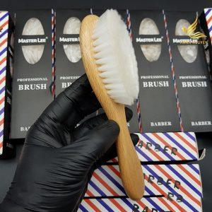 thumb Phui-barber-master-lee-1-3